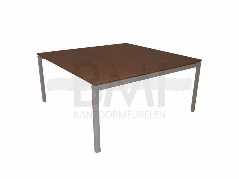 Vergadertafel 4 poot 120 x 120 cm eiken / aluminium