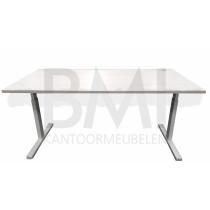 Bureau basic 160 x 80 cm licht eiken / wit