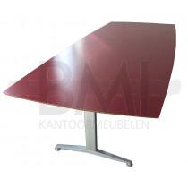 Vergadertafel Kinnarps Twinform rood/aluminium